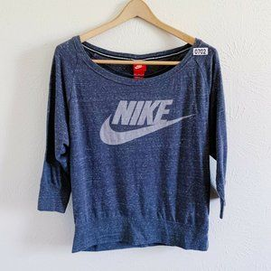 Nike Red Tag 3/4 Sleeve Pullover Shirt Medium